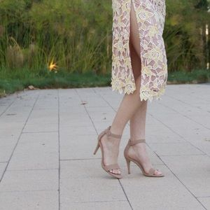 Steve madden tan heels with strap.